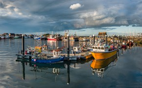 Picture clouds, Marina, boats, Ireland, Howth