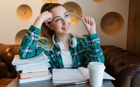 Picture look, girl, face, smile, table, room, books, handle, shirt, notebook