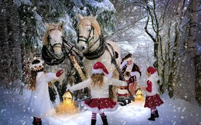 Picture winter, joy, children, meeting, Christmas, horse, gifts, team, Santa Claus, in the woods, the long-awaited, ...