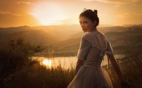 Picture dress, girl, Jessica Drossin