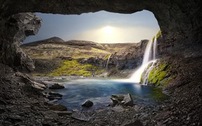 Picture mountains, lake, waterfall