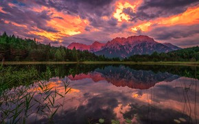Picture forest, the sky, clouds, mountains, reflection, shore, tops, the evening, pond