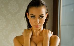 Picture Angela, wet, cleavage, model, photodromm, brunette, look, Jackie, mouth, thin, lipstick, Nicolette, Angelika Wachowska