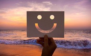 Picture sea, sunset, smile