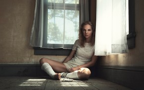 Picture look, sexy, pose, room, model, Windows, portrait, makeup, figure, hairstyle, curtains, blouse, beads, brown hair, …