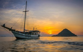 Picture sea, sunset, ship, island, sailboat, the evening