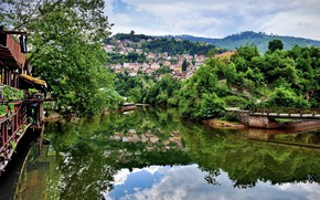 Picture greens, the city, Sarajevo