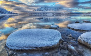 Picture Canada, Yukon, lake Kathleen, National Park Clean