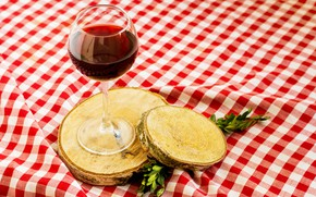 Picture table, tree, wine, glass, drink, tablecloth