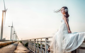 Picture girl, bridge, Asian