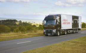 Picture road, markup, vegetation, truck, Renault, tractor, 4x2, the trailer, Renault Trucks, T-series