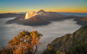 Picture the volcano, Bromo, Indonesia, autumn, clouds