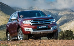 Picture Ford, Everest, Limited, 4WD, 2015, mountains in the background
