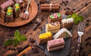 Picture plug, cakes, coffee beans, raisins