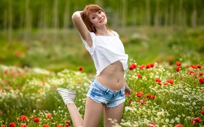 Picture girl, flowers, pose, smile, mood, shorts, Maki, chamomile, meadow