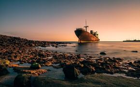 Picture sea, coast, the old ship