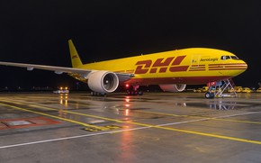 Picture airport, cargo, DHL, Boeing 777 F