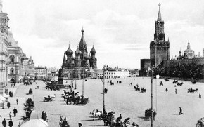 Picture the Kremlin, red square, black-and-white photograph, gum, old Moscow, pre-revolutionary Russia, Moscow 19th century, pre-revolutionary …