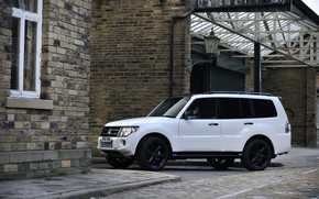 Picture white, wall, window, Mitsubishi, 2012, Black, Pajero, SUV, Shogun, the five-door, Montero
