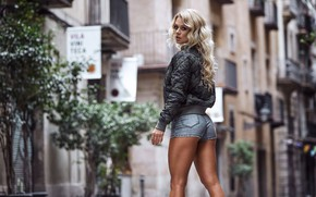 Picture city, girl, sexy, shorts, bike, beautiful, model, street, pretty, jeans, perfect, blonde, cute