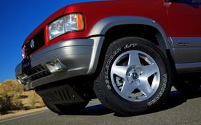 Picture the front part, SUV, Acura, 1997, AWD, 2019, Isuzu Trooper, Super Handling SLX, SLX