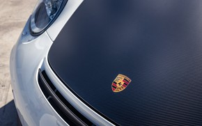 Picture The hood, Logo, 2011, Carbon fiber, Porsche 911 GT2RS, Sticker, The German mark