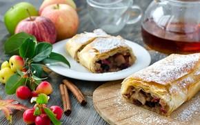 Picture apples, cinnamon, strudel