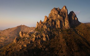 Picture mountains, rocks, home, settlement, Life in Italy