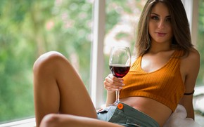 Picture woman, young, wine, beautiful, model, cup, Brazil, looking, Beatriz Aguiar