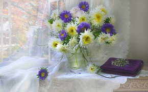 Picture autumn, flowers, table, bouquet, window, curtains, handbag, still life, light background, asters