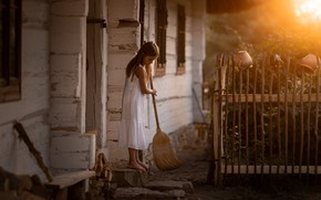 Picture house, cleaning, girl