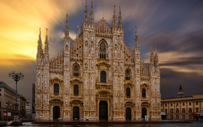 Picture the sky, the sun, dawn, home, area, Italy, Cathedral, temple, Milan Cathedral