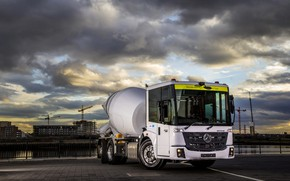 Picture white, Mercedes-Benz, truck, triaxial, concrete mixer, Econic