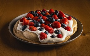 Picture berries, table, blueberries, strawberry, plate, pie, cream, cakes, berry