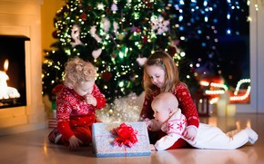Picture happiness, children, gift, tree, New year, garland