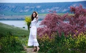 Picture landscape, flowers, pose, smile, model, portrait, bouquet, hat, makeup, figure, dress, brunette, hairstyle, shoes, is, …