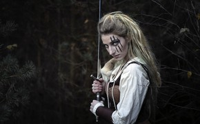 Picture girl, sword, Shannon van der Wal