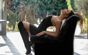 Picture pose, Girl, chair, figure, legs, Guenter Stoehr