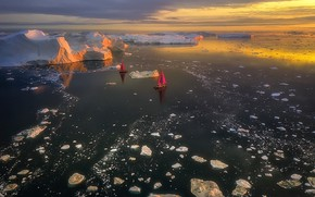 Picture Greenland, Avannaata, Pitorqeq, Sailing in the Ice & Fire