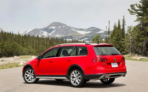Picture red, Volkswagen, back, side view, universal, 2017, Golf Alltrack
