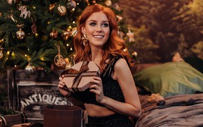 Picture girl, smile, mood, gift, New year, red, redhead, Альбина Пономарева
