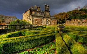 Picture greens, summer, clouds, house, style, landscape, the fence, garden, lighting, form, geometry, architecture, flowerbed, mansion, ...