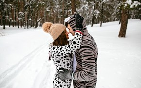Picture winter, forest, girl, snow, trees, love, joy, nature, Park, hugs, pair, brown hair, guy, two, ...