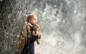 Picture winter, snow, tree, toy, bear, girl, trunk, Arlauskaite Buloviene Vilma