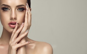 Picture brunette, look, make up, sculpted nails