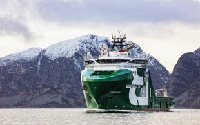Picture Sea, Mountains, The ship, Arctic, Bourbon, Vessel, AHTS, Offshore, Anchor Handling Tug Supply, AHTS Vessel, ...