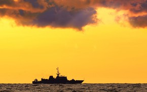 Picture ship, Baltika, mine, author Gogs, Vladimir Yemelyanov