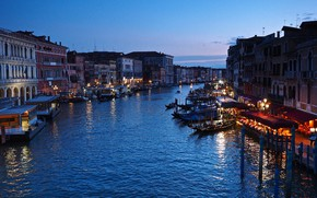 Picture lights, boats, the evening, Italy, Venice, Grand Canal