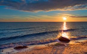 Picture sea, beach, the sun, stones, shore