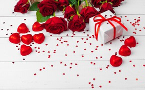Picture roses, candy, gifts, hearts, chocolate